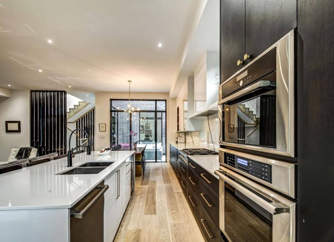 Amazing Kitchen with Glossy Stretch Ceiling - Home Renovation Toronto