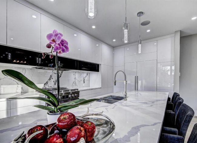 Amazing Kitchen Refacing Project Toronto