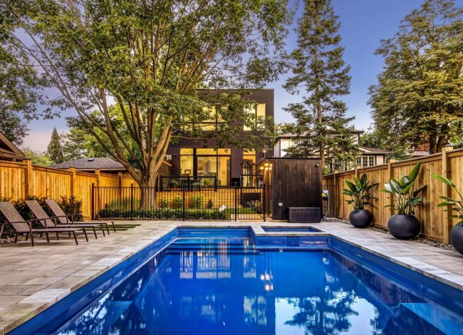 Amazing Swimming Pool in The Backyard of Custom Home Toronto