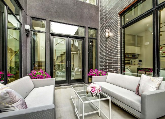 Amazing Patio with Siting Sofa - Home Renovations Mississauga