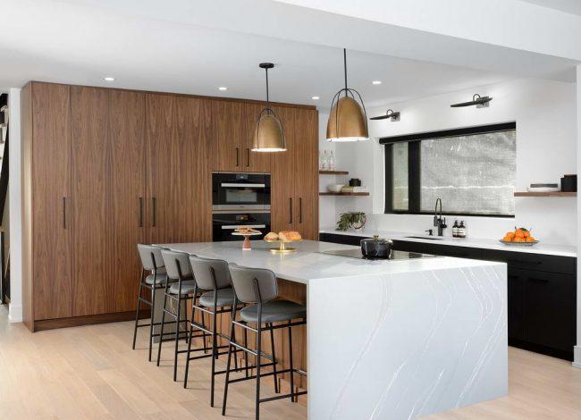 Luxury Kitchen with Wooden Kitchen Cabinets - Kitchen Designers
