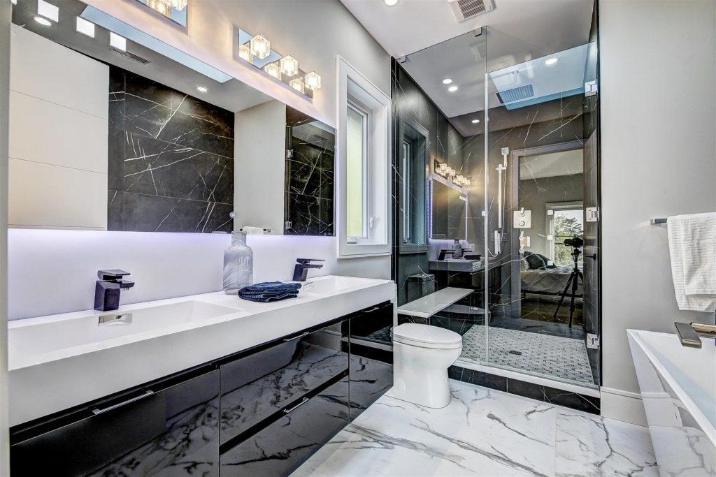 modern-master-bathroom-with-amazing-walk-in-shower-bathroom-renovations-toronto